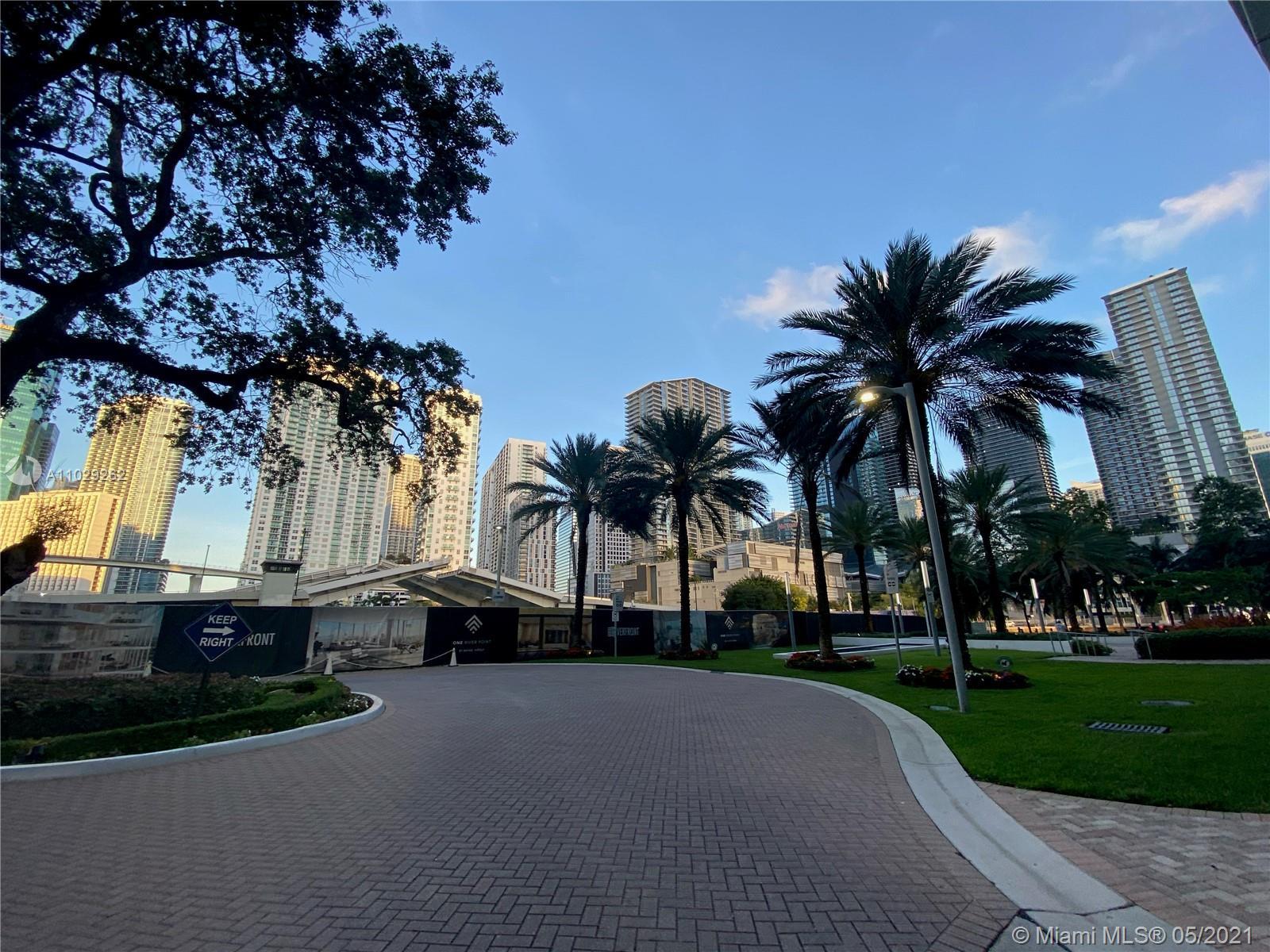 350 S Miami Ave #3403 photo049