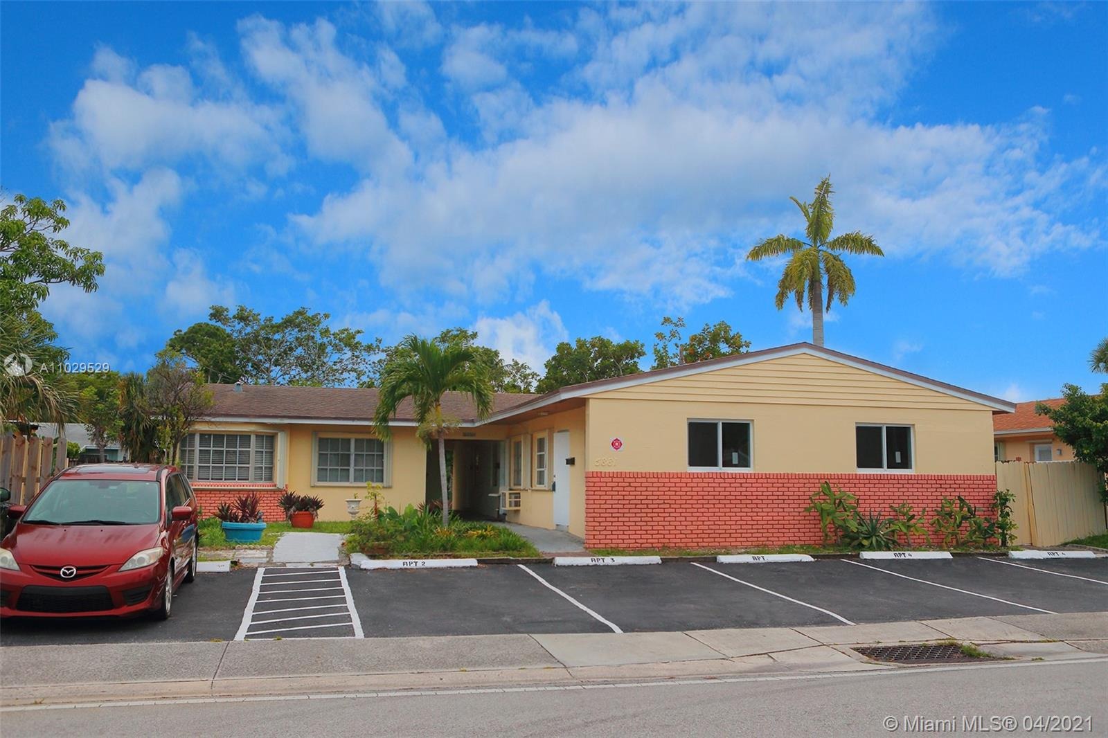 Property for sale at 5881 NE 18th Ave Unit: 2, Fort Lauderdale,  Florida 33334