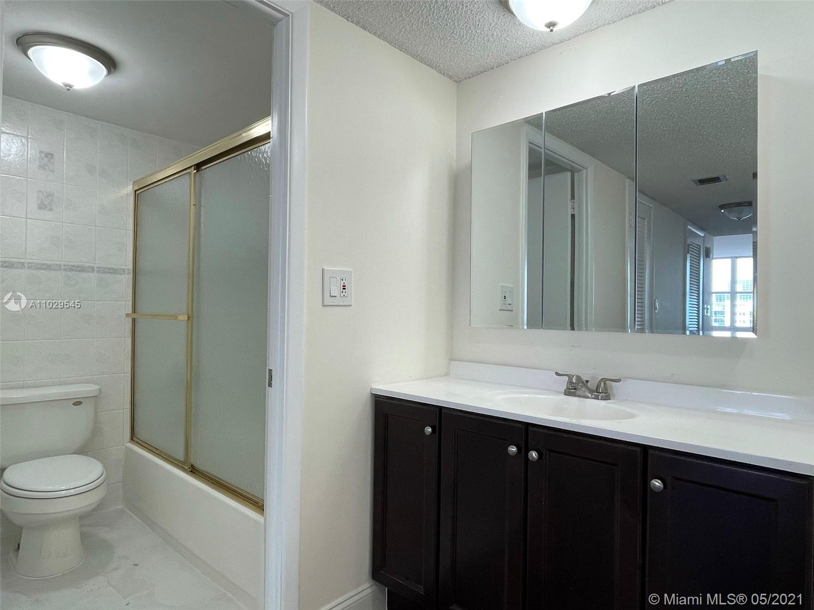 6039 Collins Ave #1036 photo07