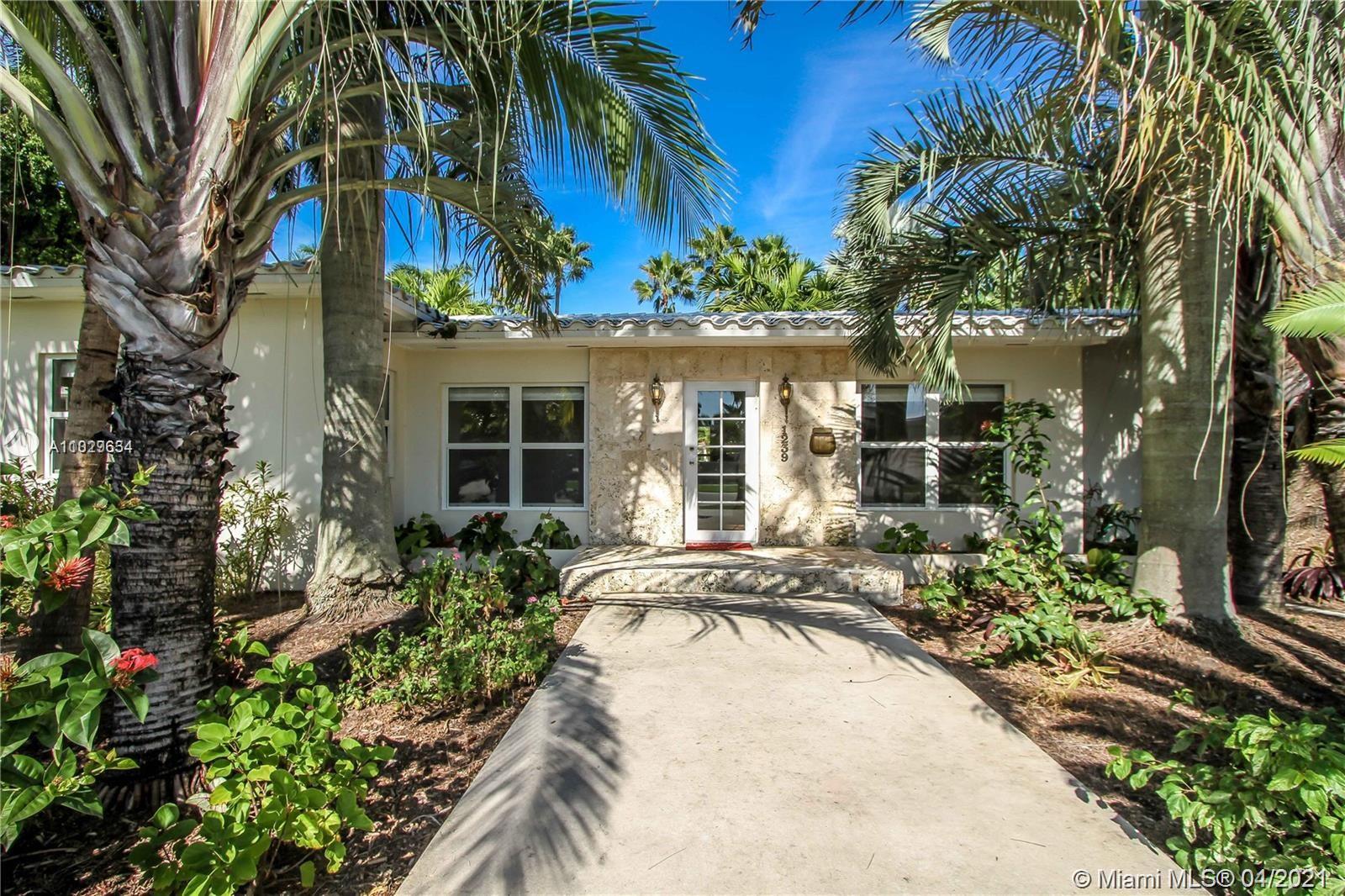 Hollywood Lakes - 1239 Jackson St, Hollywood, FL 33019