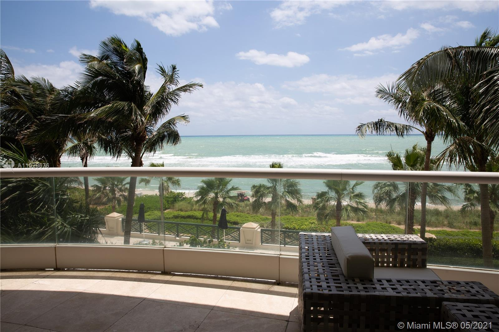 16051 Collins Ave #404 photo020