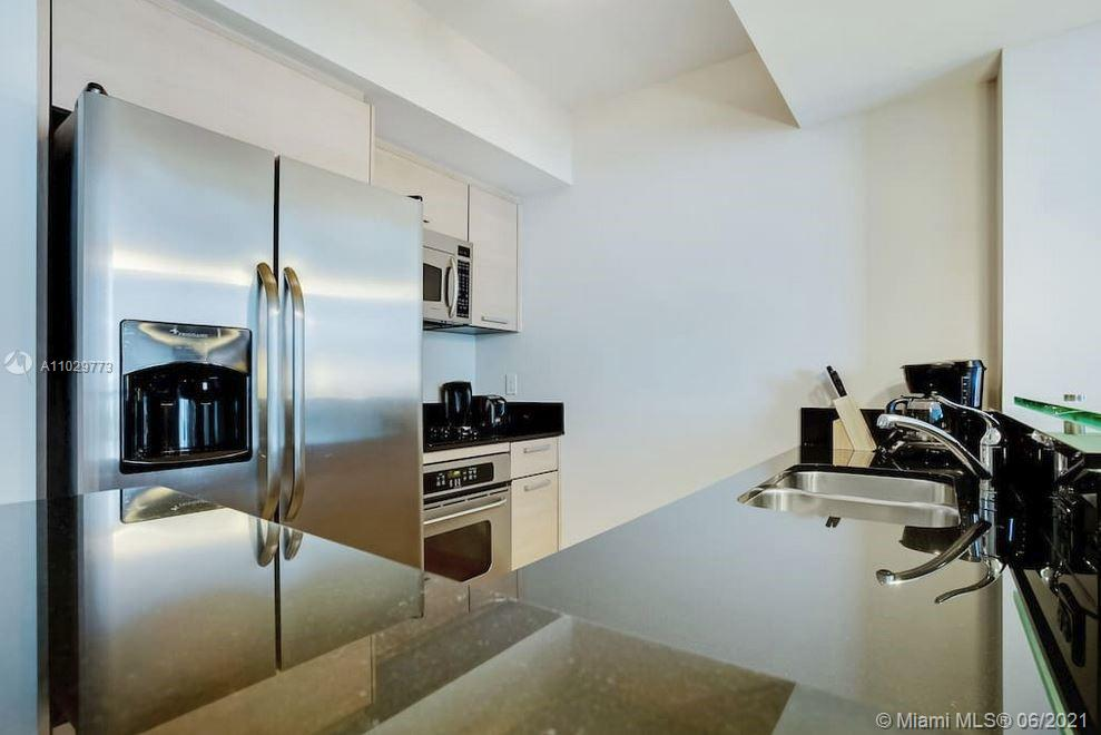 18683 Collins Ave #1105 photo06