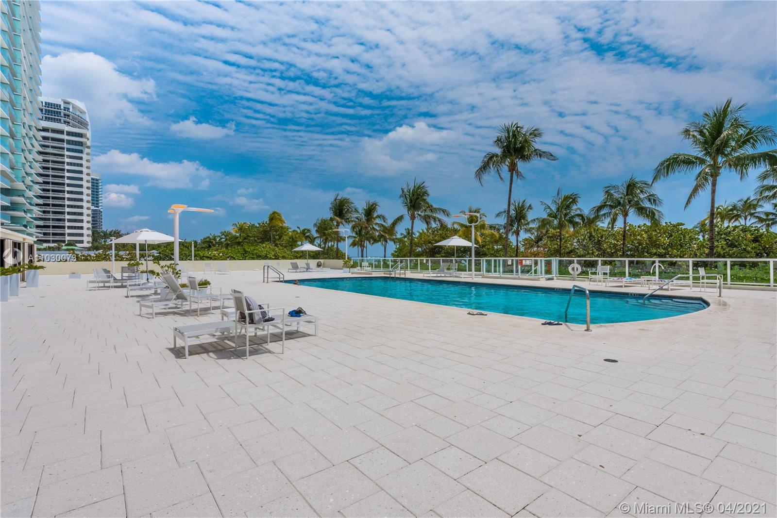 10185 Collins Ave #1011 photo027