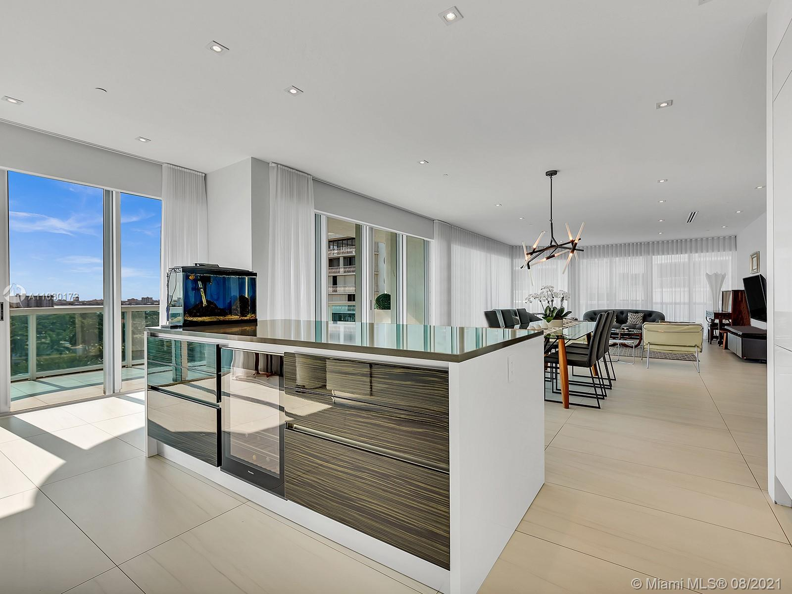 10101 Collins Ave #7A photo03
