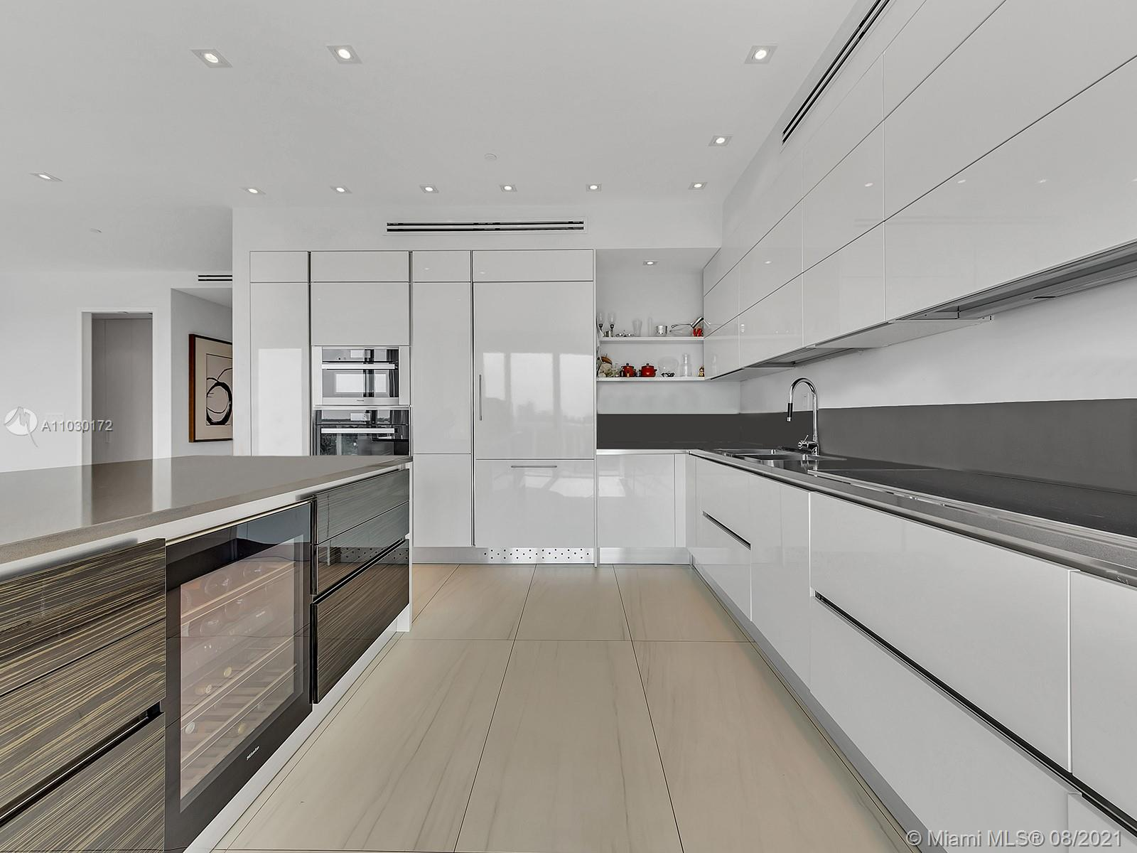 10101 Collins Ave #7A photo05