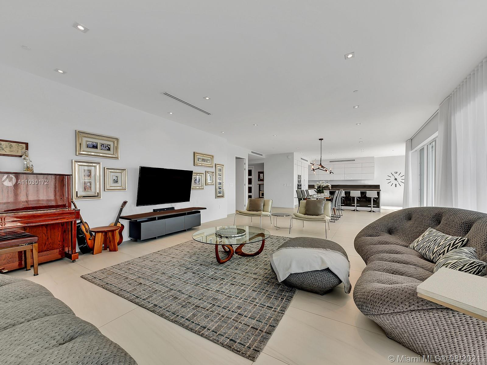 10101 Collins Ave #7A photo010