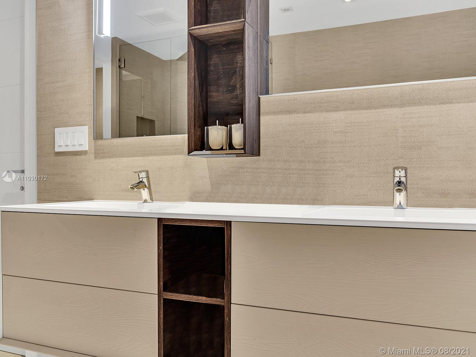 10101 Collins Ave #7A photo041
