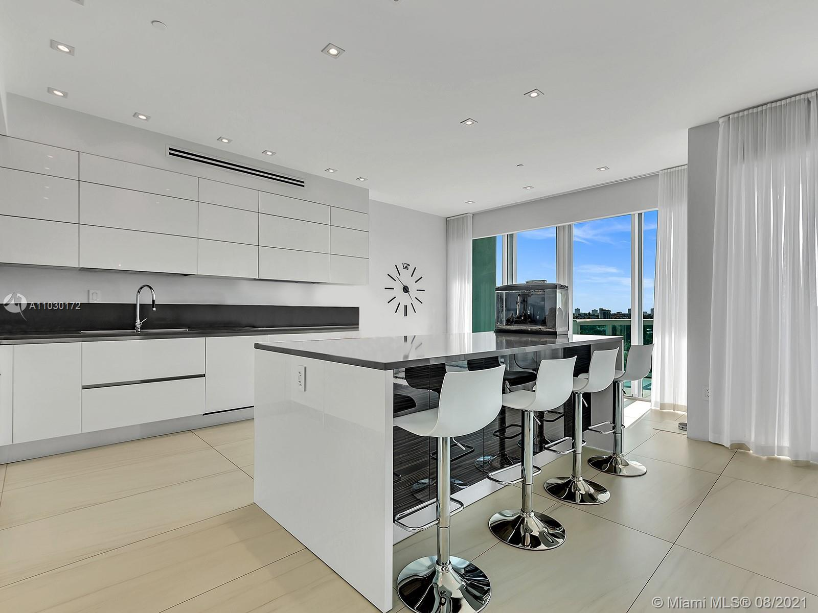 10101 Collins Ave #7A photo018