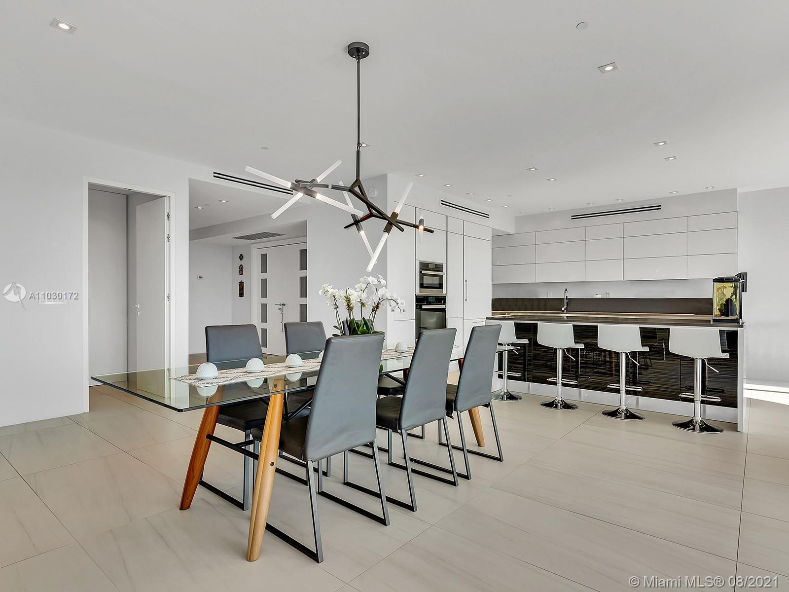 10101 Collins Ave #7A photo021