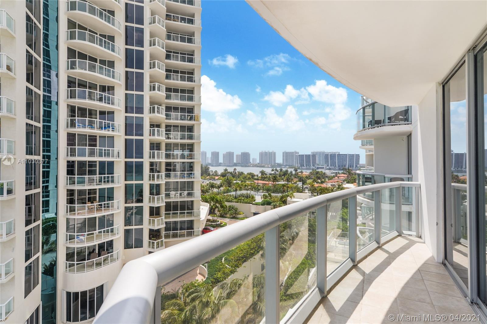 18683 Collins Ave #801 photo03