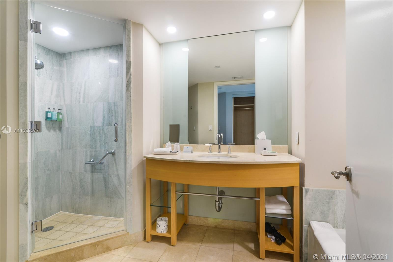 18683 Collins Ave #801 photo09