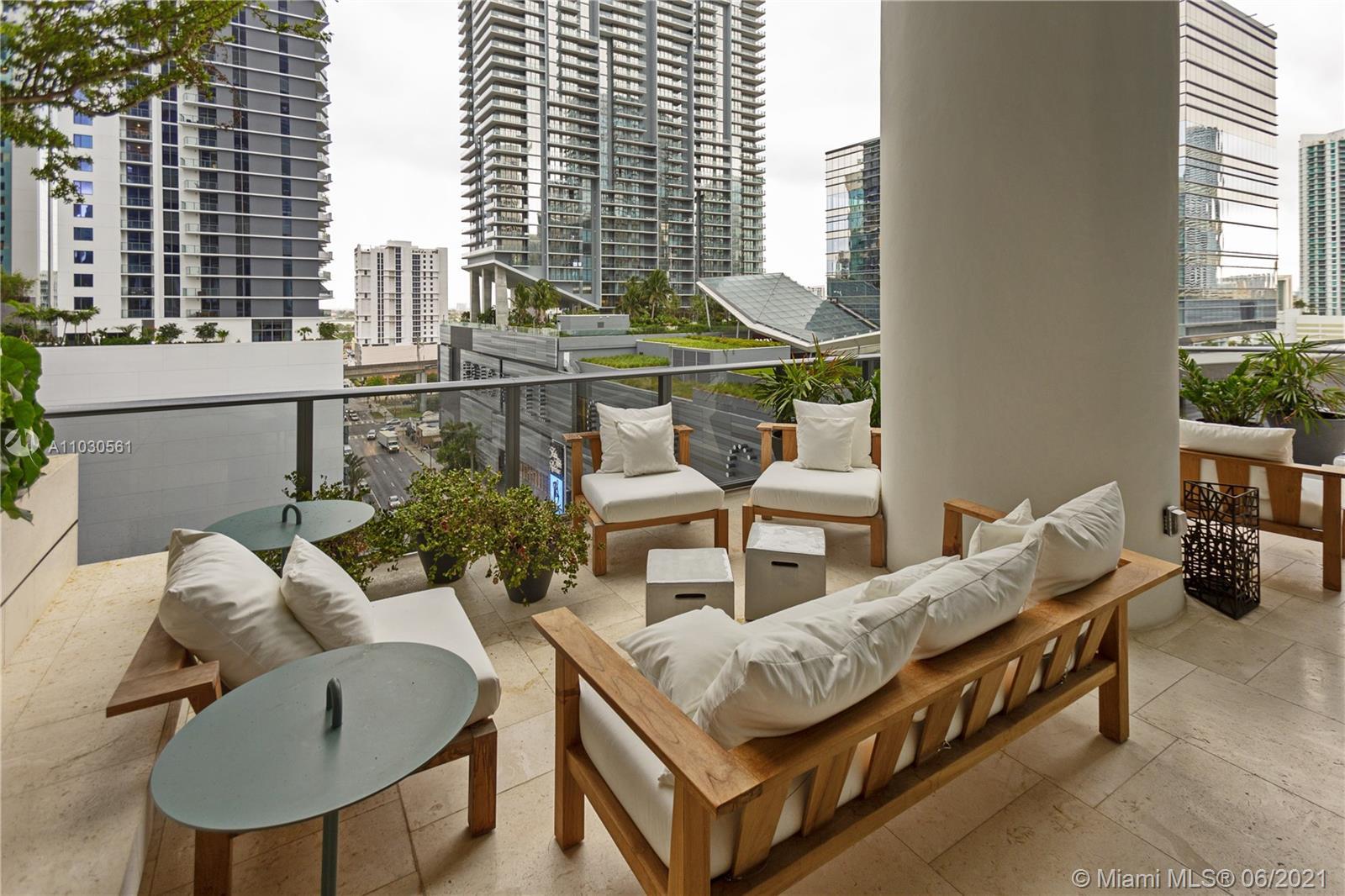801 S Miami Ave #711 photo02