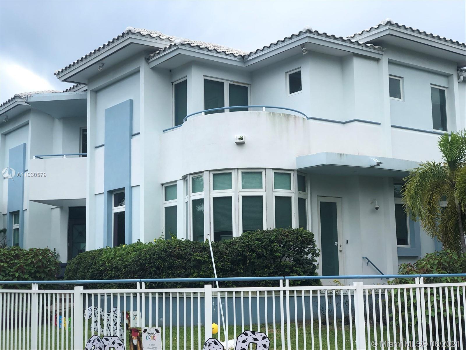 Nautilus - 4350 Post Ave, Miami Beach, FL 33140