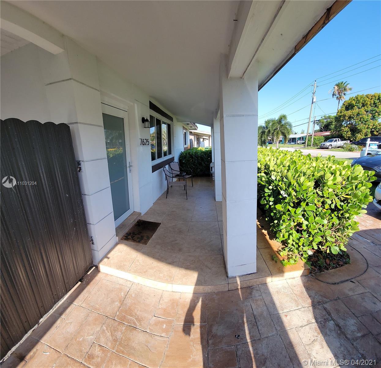 7625 Granada Blvd photo03