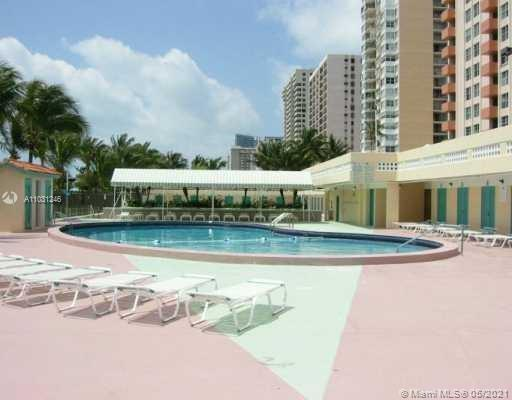 2899 Collins Ave #544 photo014