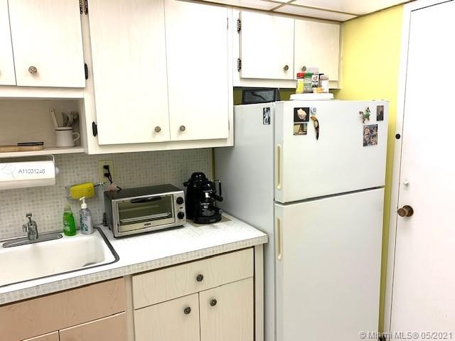 2899 Collins Ave #544 photo04