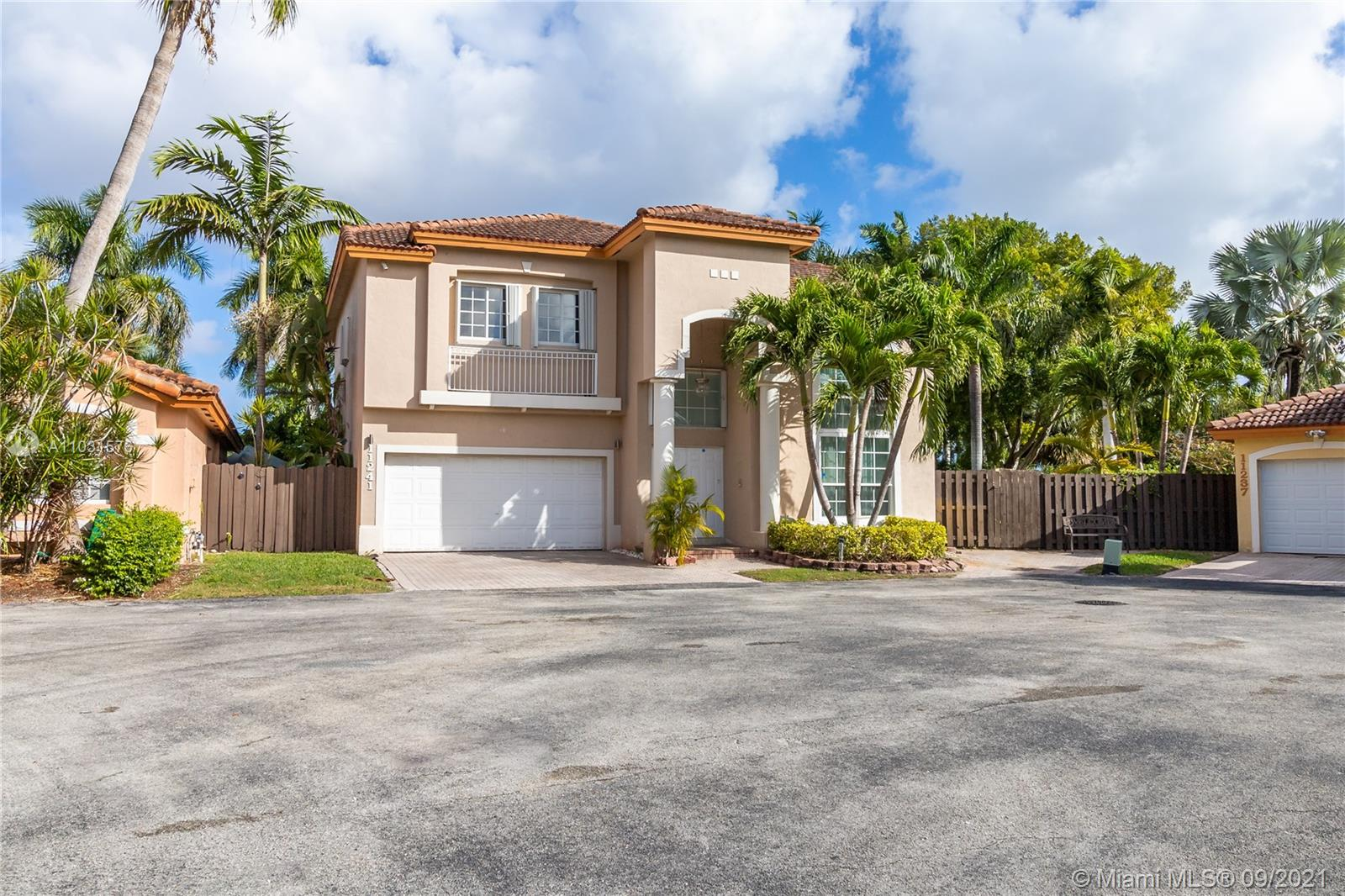 Doral Isles - 11241 NW 59th Ter, Doral, FL 33178