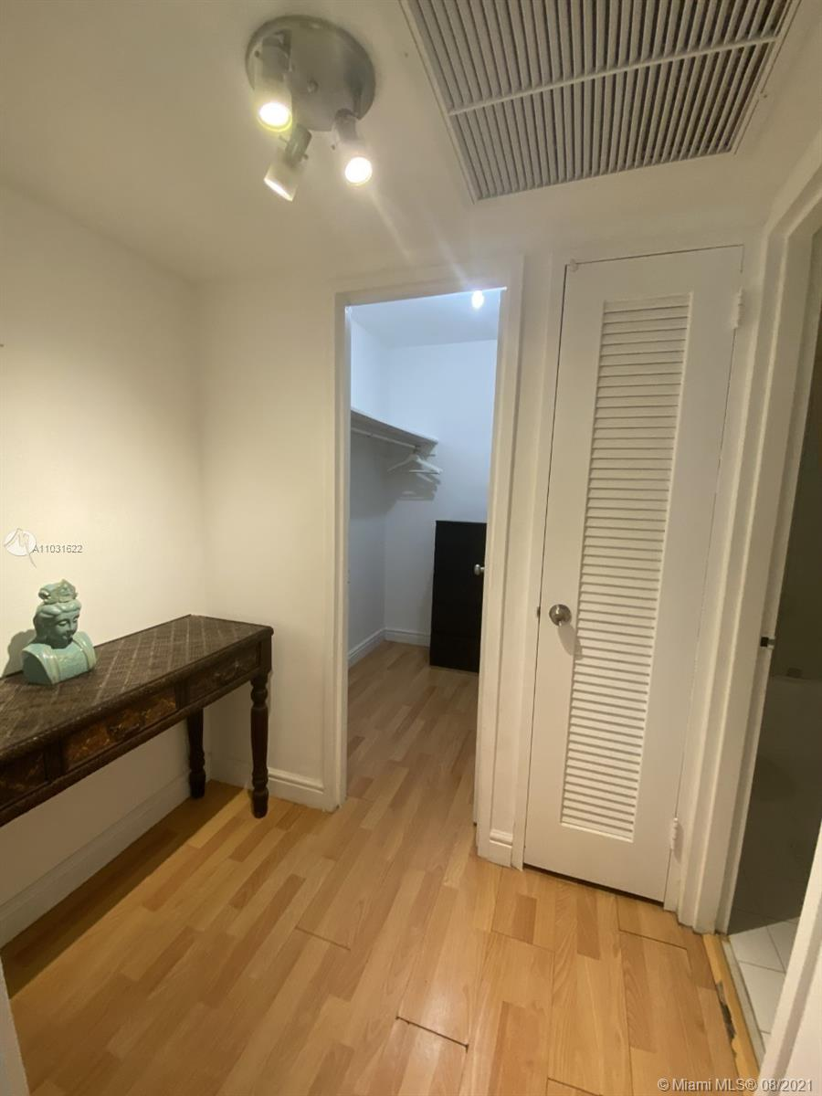 5161 Collins Ave #601 photo012