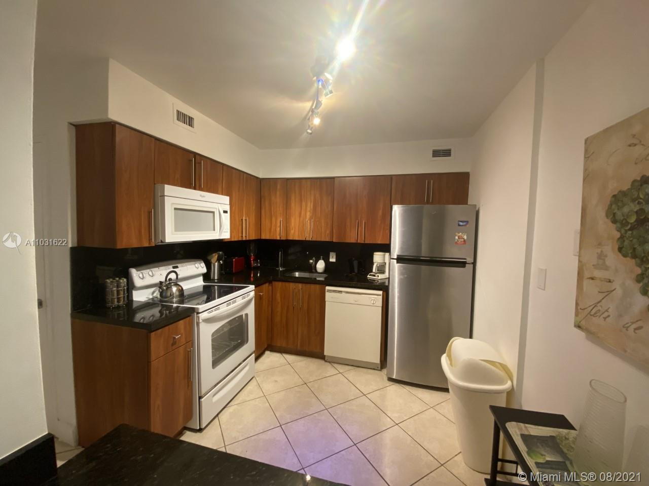 5161 Collins Ave #601 photo03