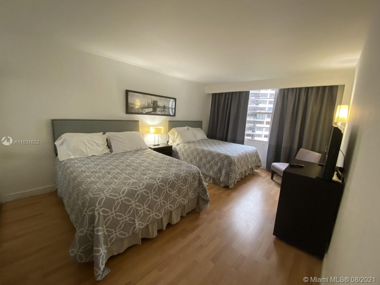 5161 Collins Ave #601 photo010