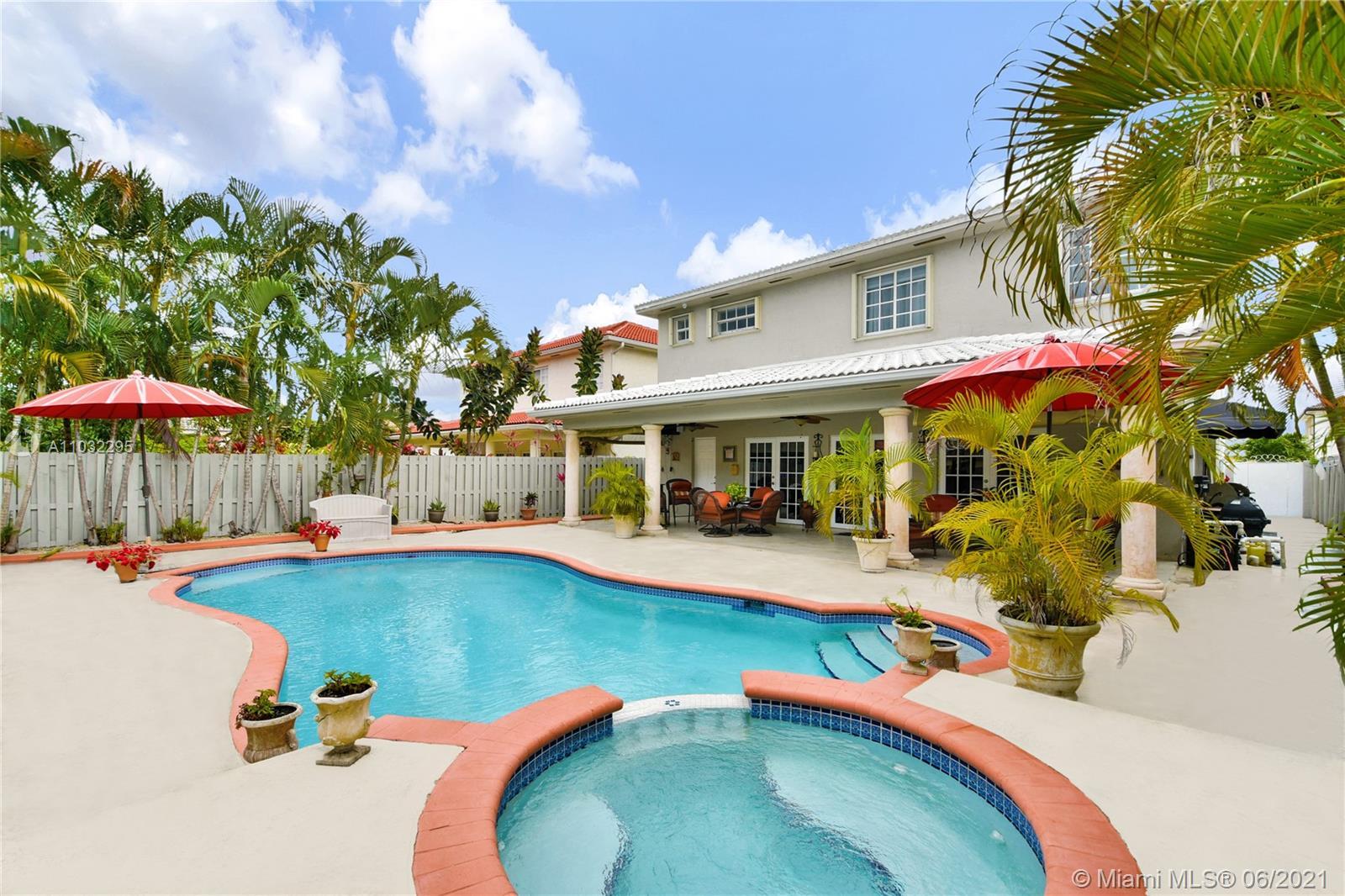 Miami Lakes - 8824 NW 146th Ln, Miami Lakes, FL 33018