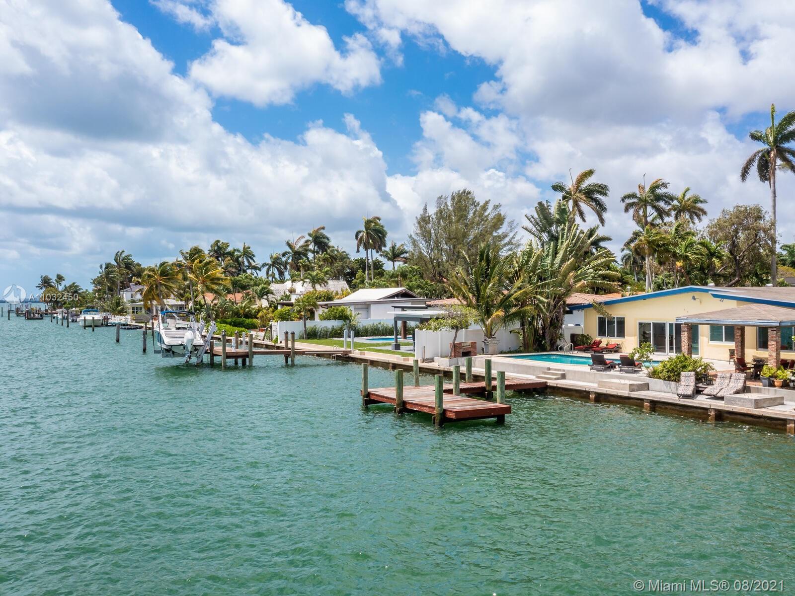 7701 Beachview Dr photo041