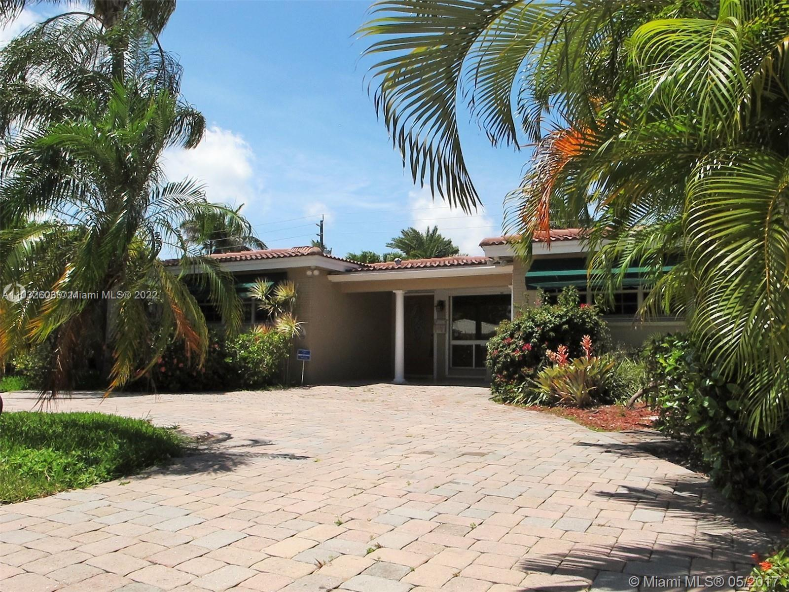 Hollywood Lakes - 1223 Lincoln St, Hollywood, FL 33019