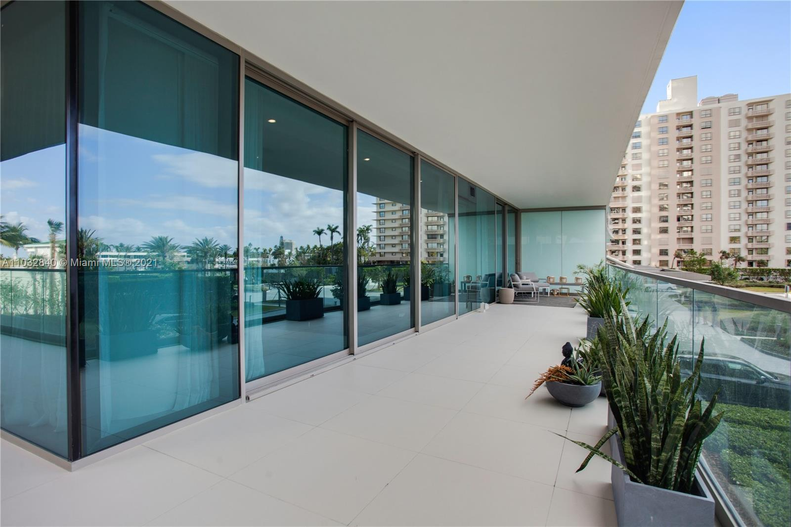 10203 Collins Ave #211 photo013