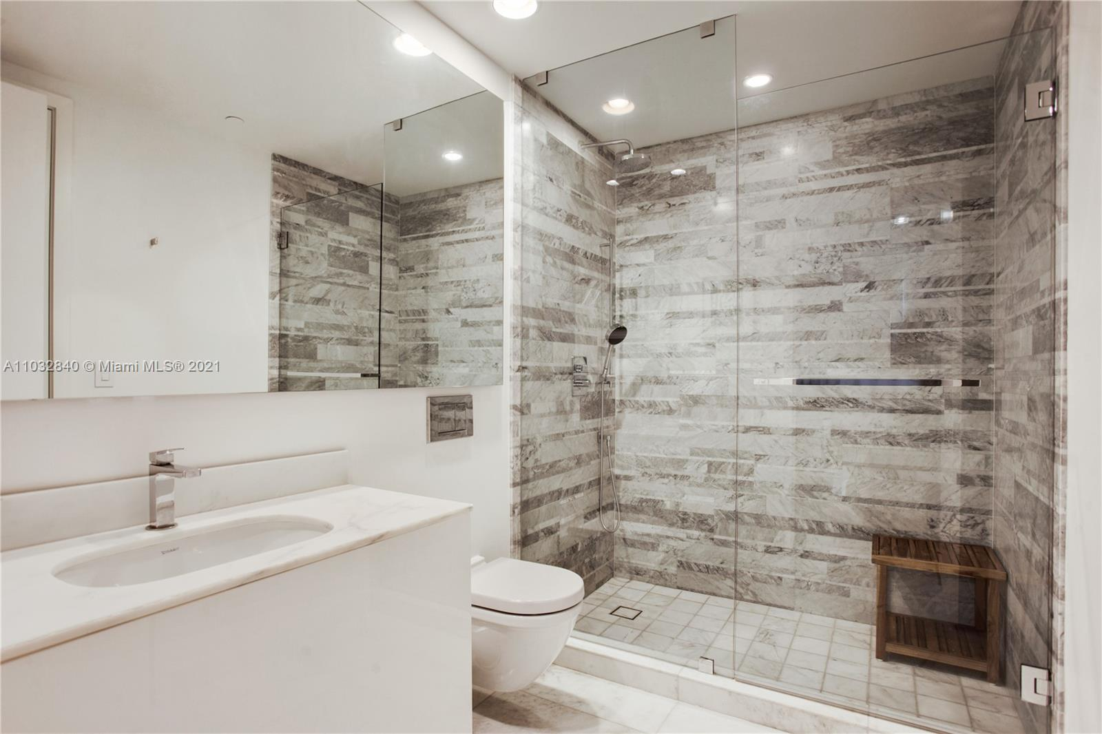 10203 Collins Ave #211 photo012