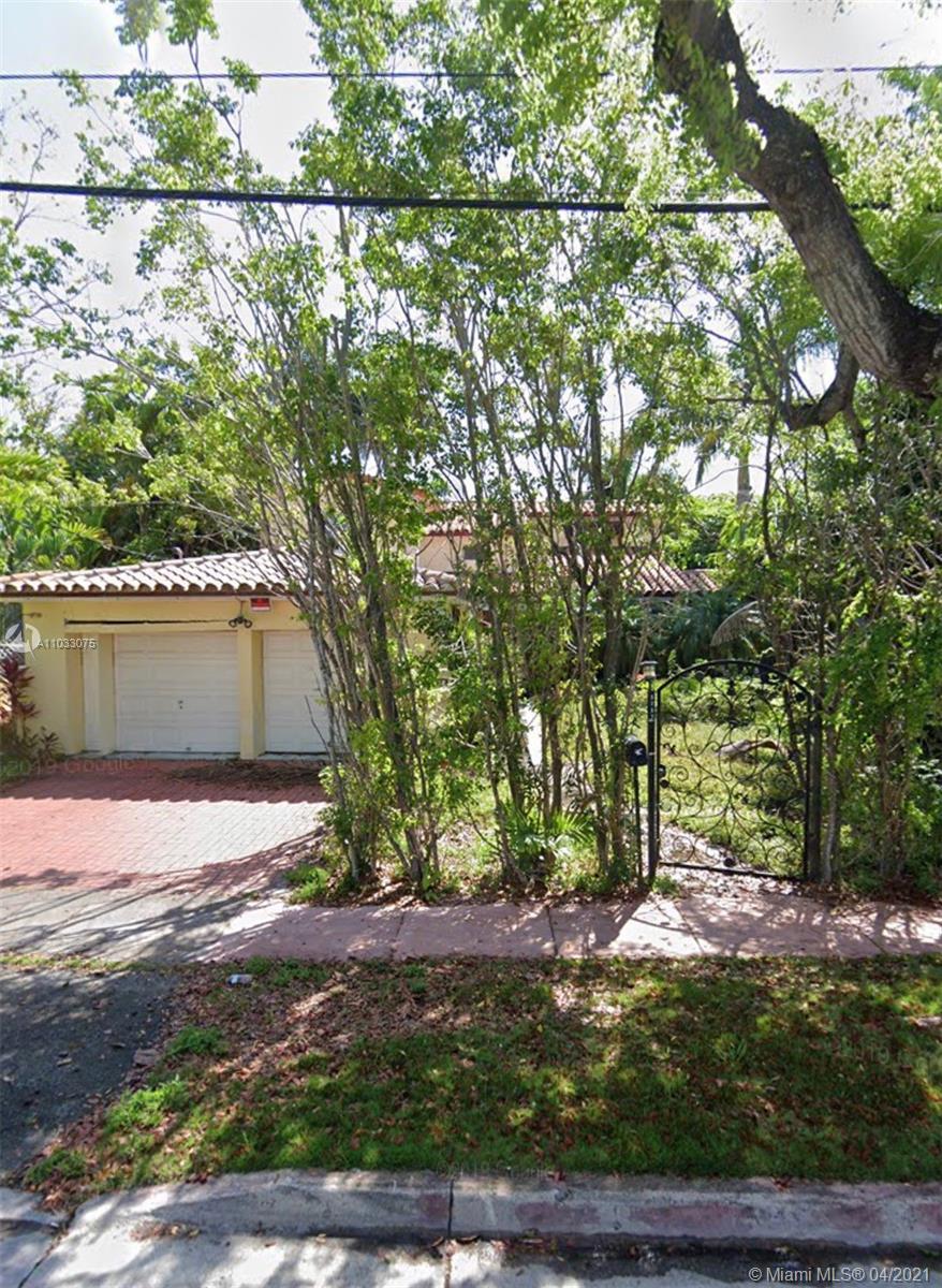 La Gorce Golf - 5757 Alton Rd, Miami Beach, FL 33140