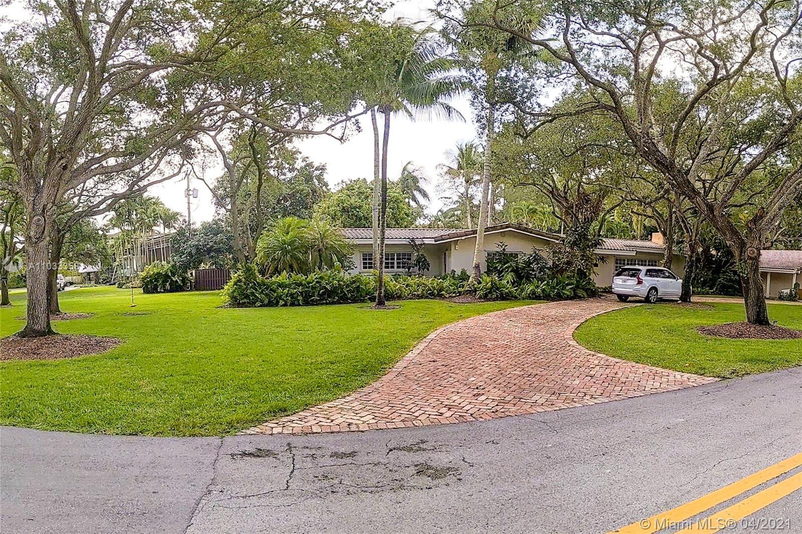 South Miami - 8201 Cheryl Ln, Miami, FL 33143