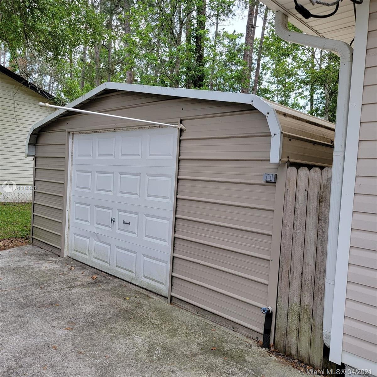Aluminum garage