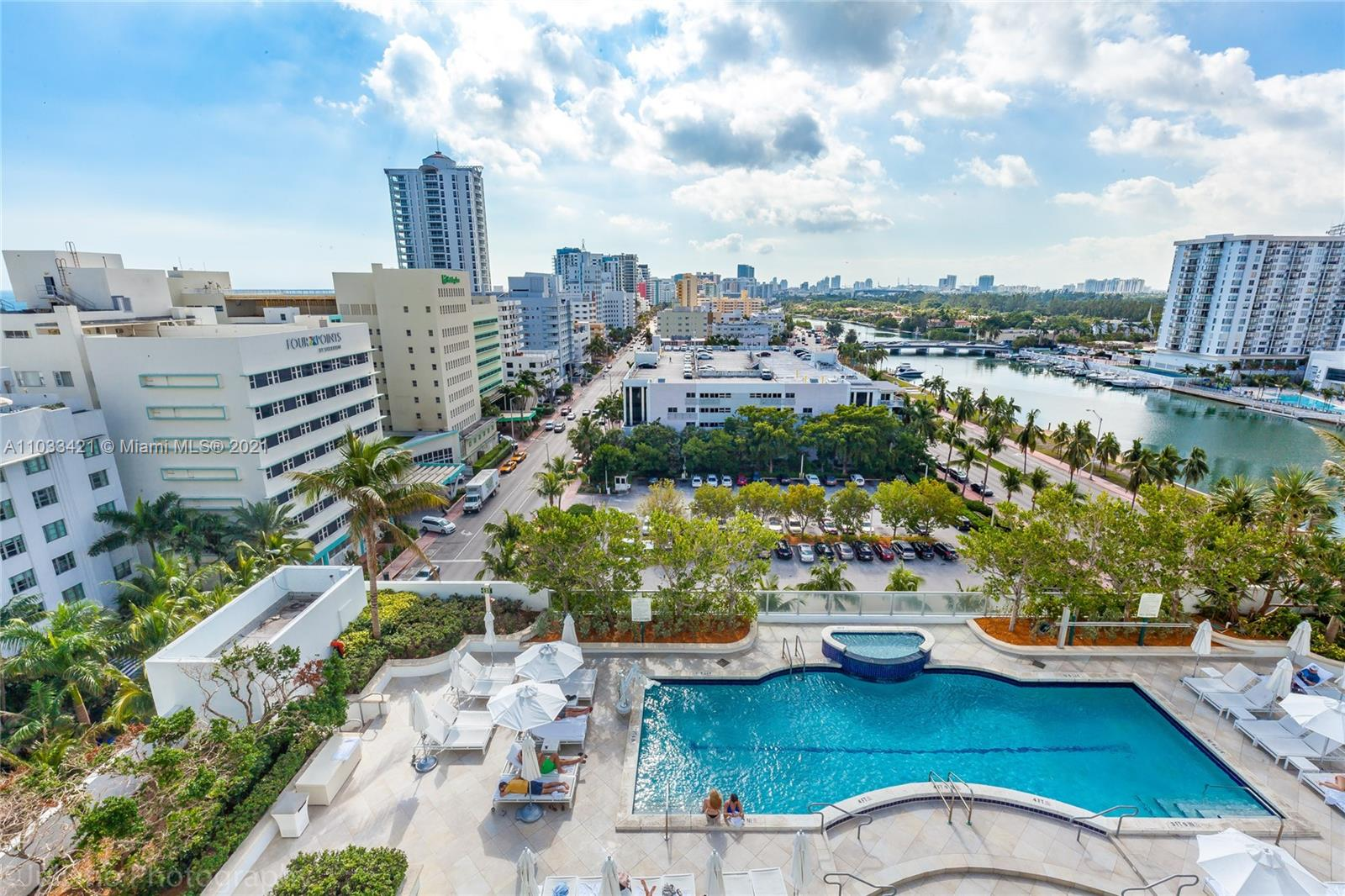 Fontainebleau Tresor #1106 - 4401 Collins Ave #1106, Miami Beach, FL 33140
