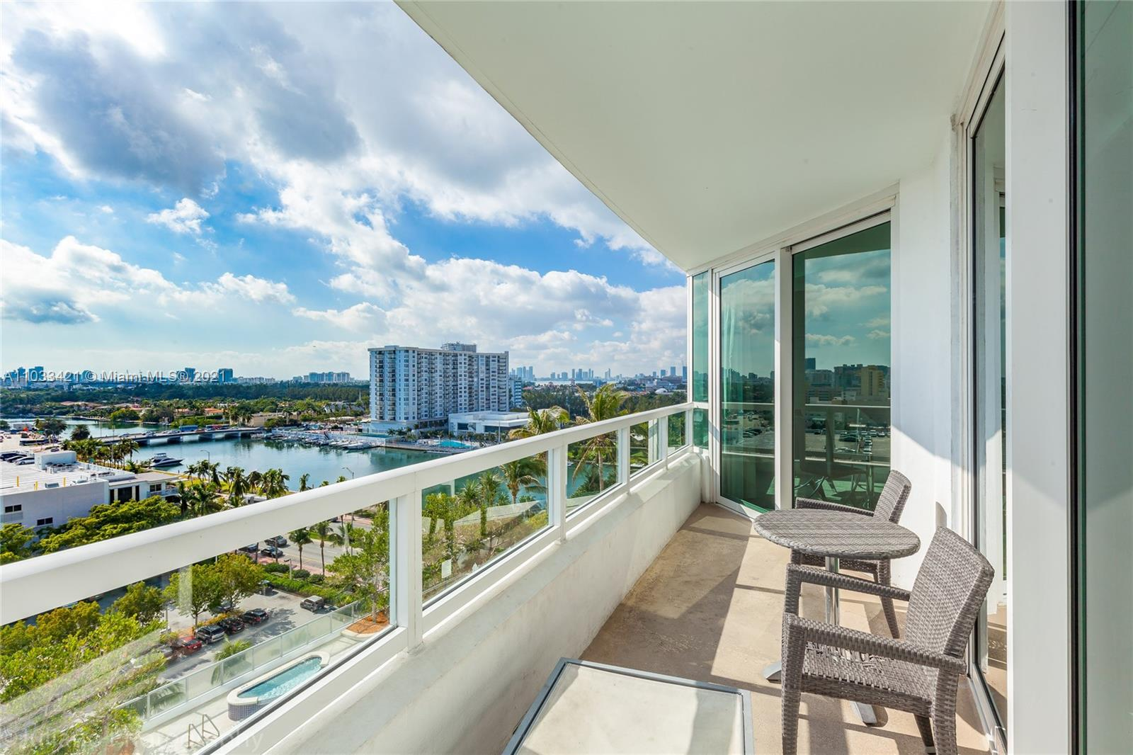 4401 Collins Ave #1106 photo04