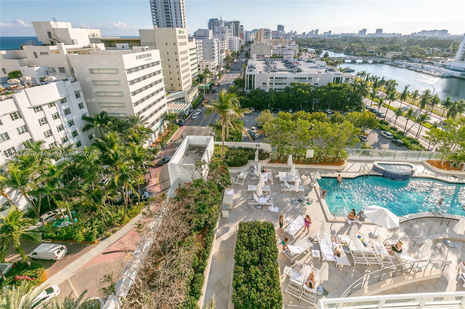 Fontainebleau Tresor #1104 - 4401 Collins Ave #1104, Miami Beach, FL 33140
