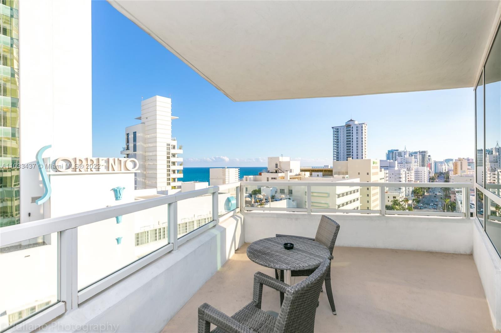 4401 Collins Ave #1104 photo05