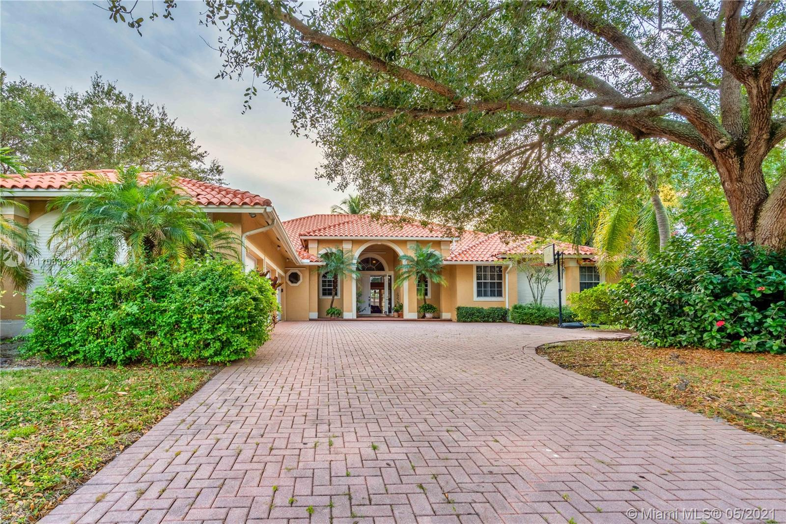 Main property image for  661 NW 101st Ter #