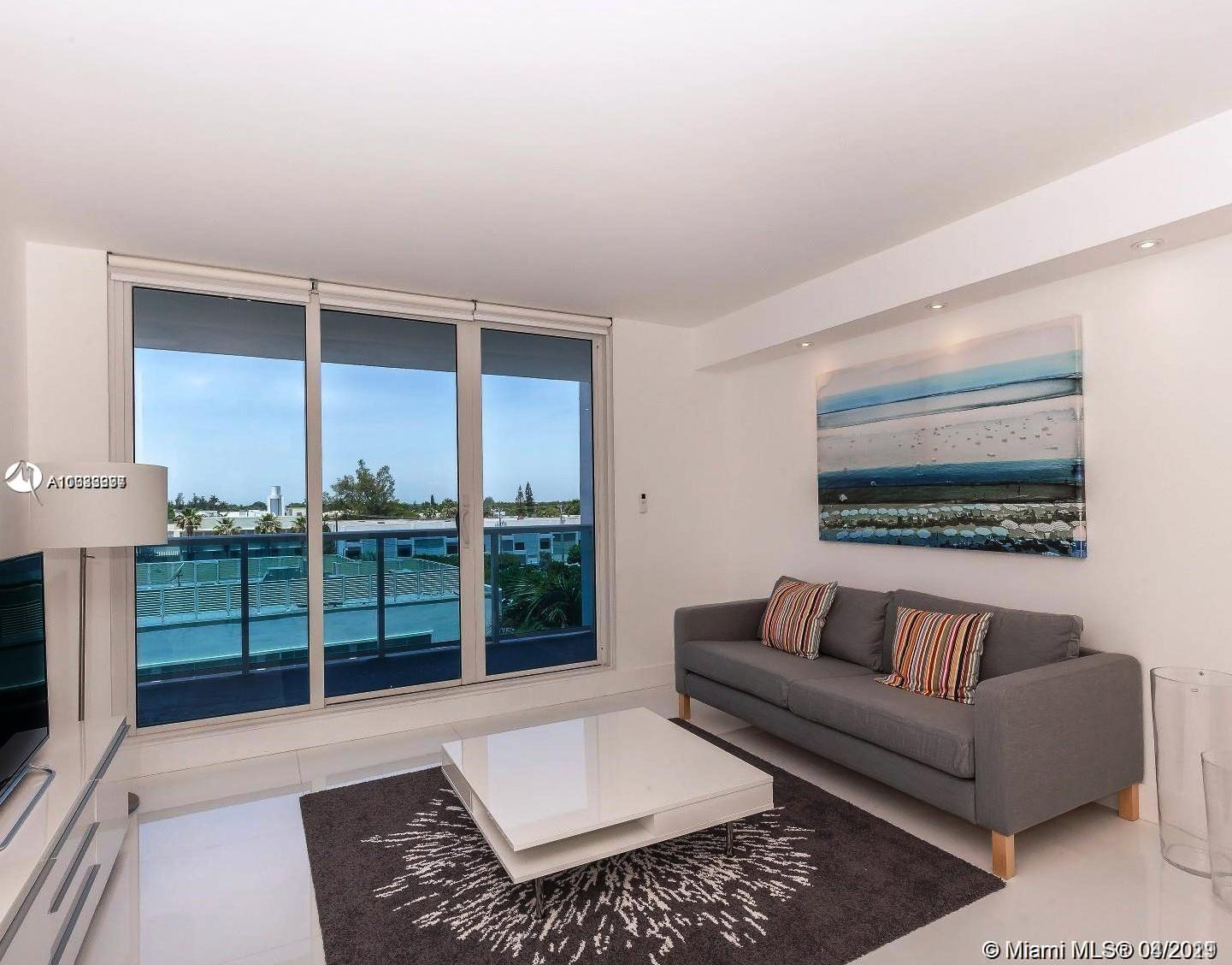 Roney Palace #437 - 2301 Collins Ave #437, Miami Beach, FL 33139