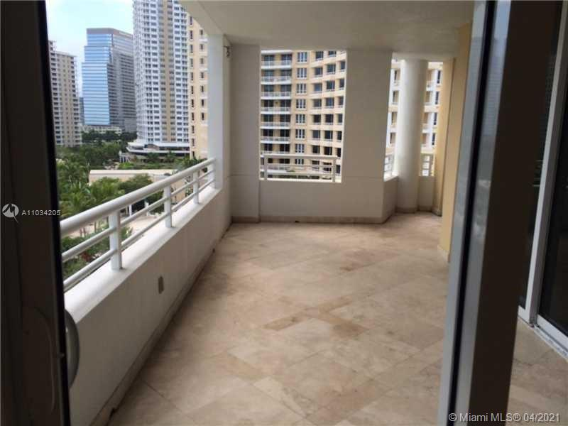848 Brickell Key Dr #1005 photo011