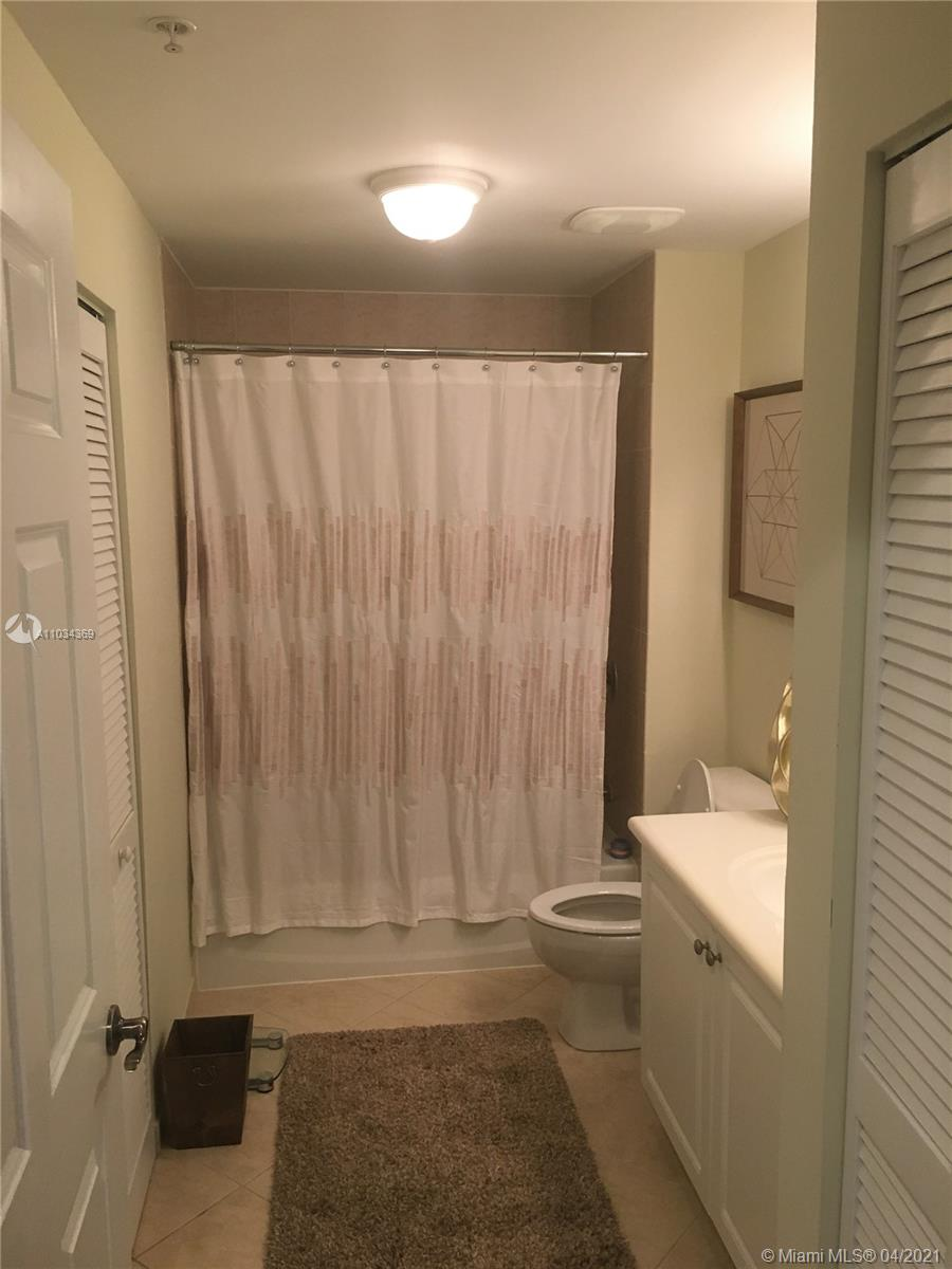 8390 SW 72nd Ave #605 photo020