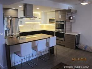 19390 Collins Ave #424 photo05