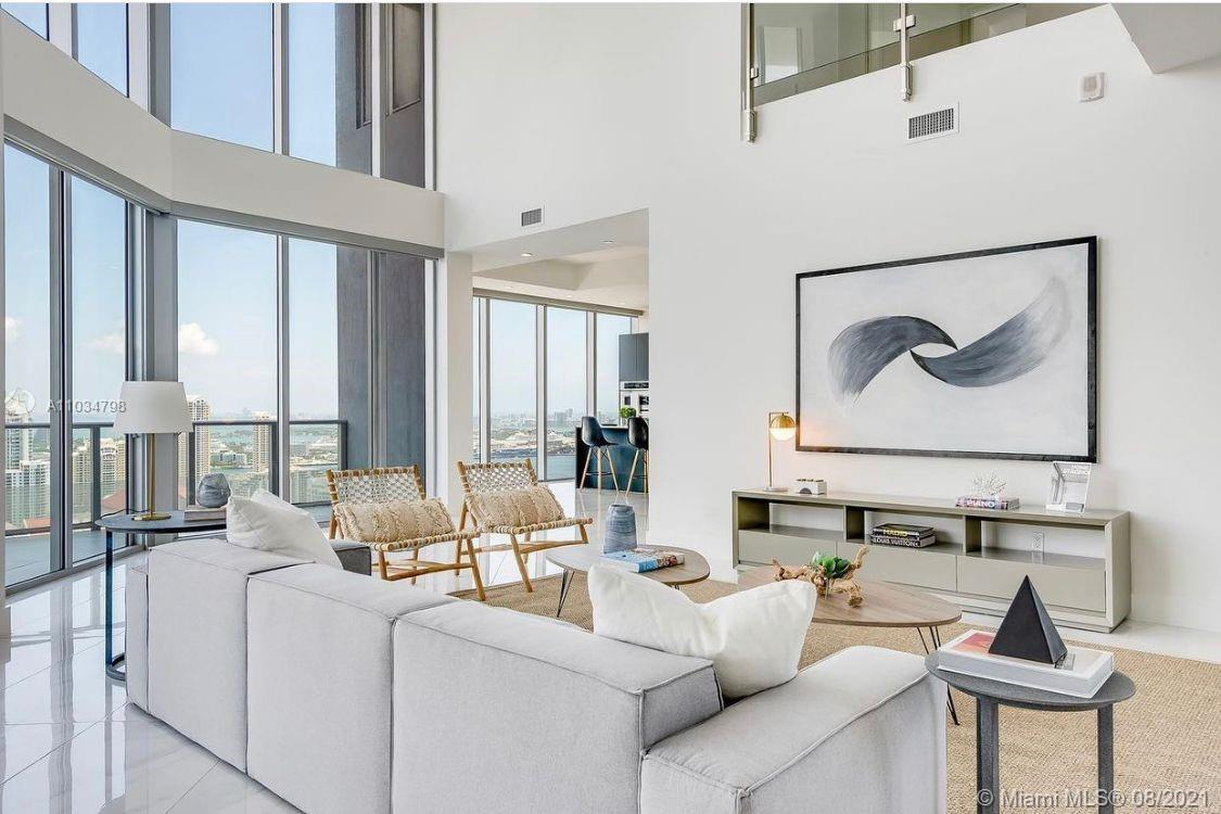Photo of Brickellhouse Condo Apt PH 4401 that clicks through to the property detail page