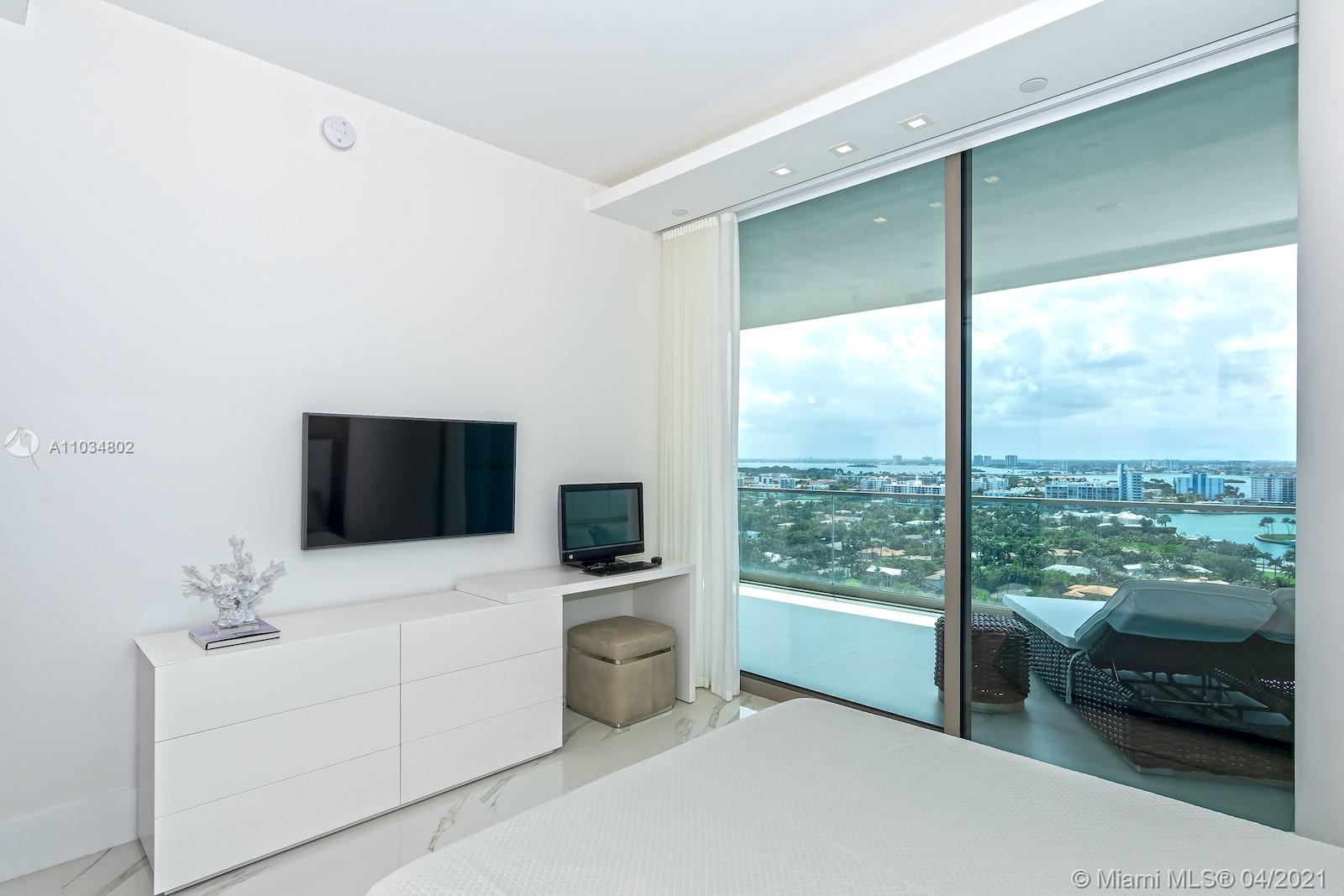 10201 Collins Ave #1803 photo034