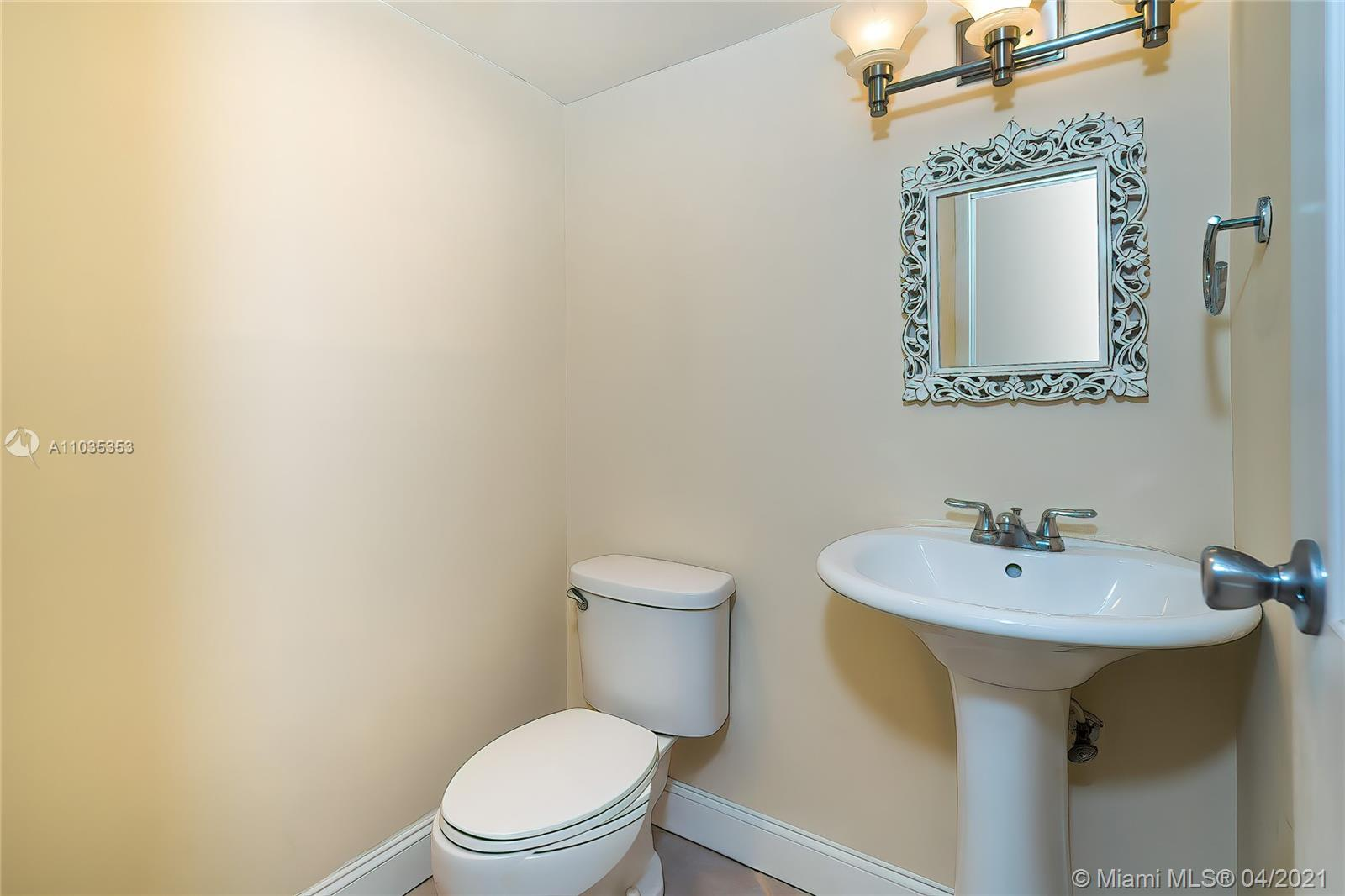 100 Bayview Dr #2130 photo09