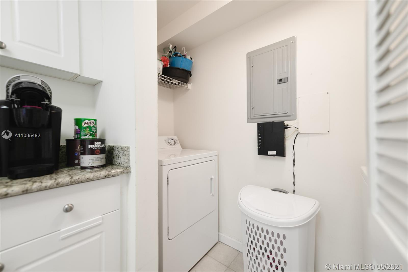 19501 W Country Club Dr #810 photo010
