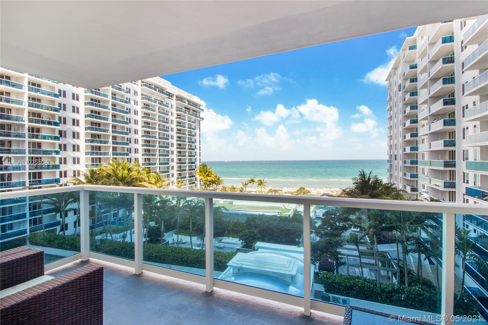 Roney Palace #825 - 2301 Collins Ave #825, Miami Beach, FL 33139