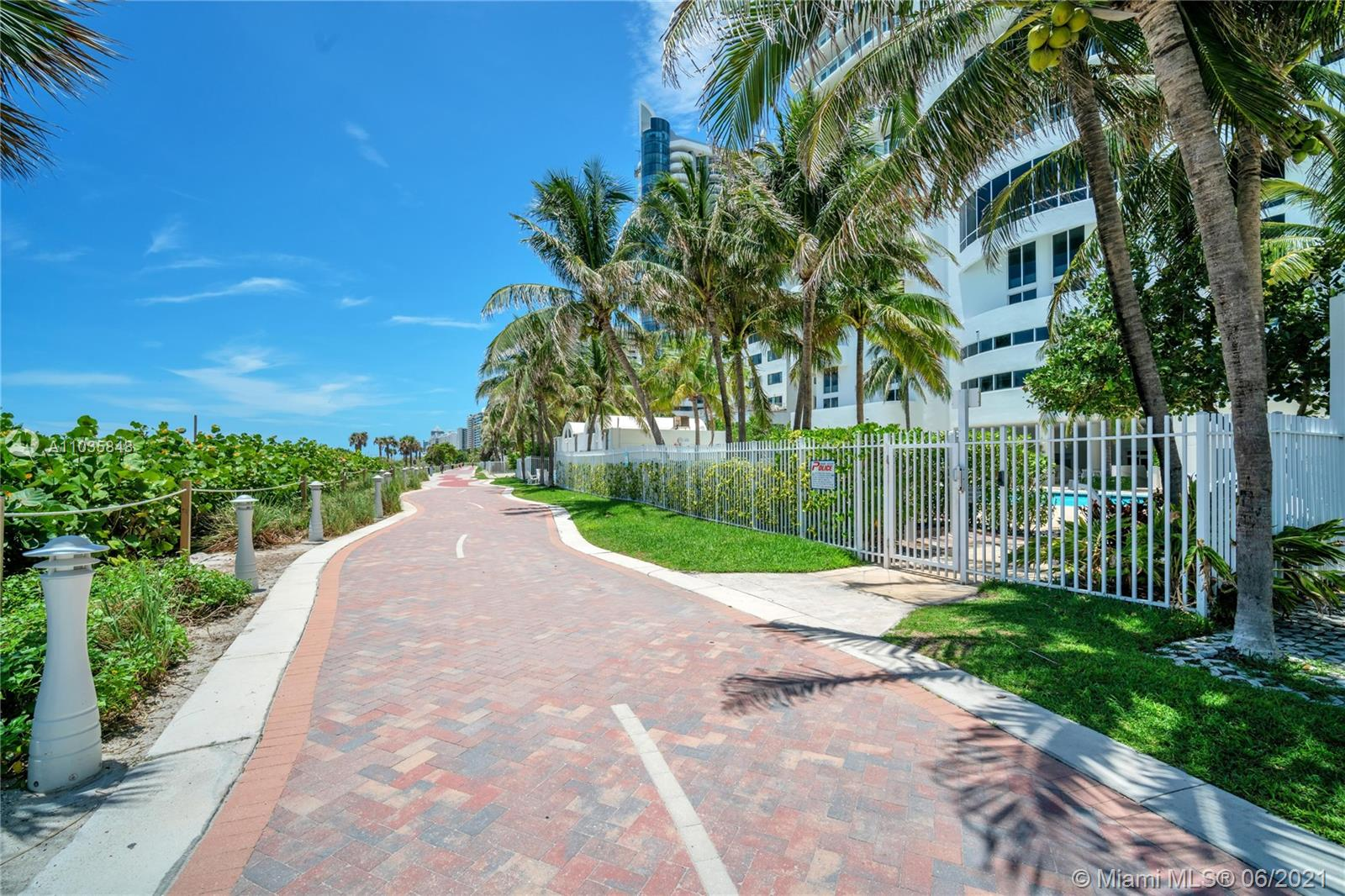 6365 Collins Ave #4501 photo062