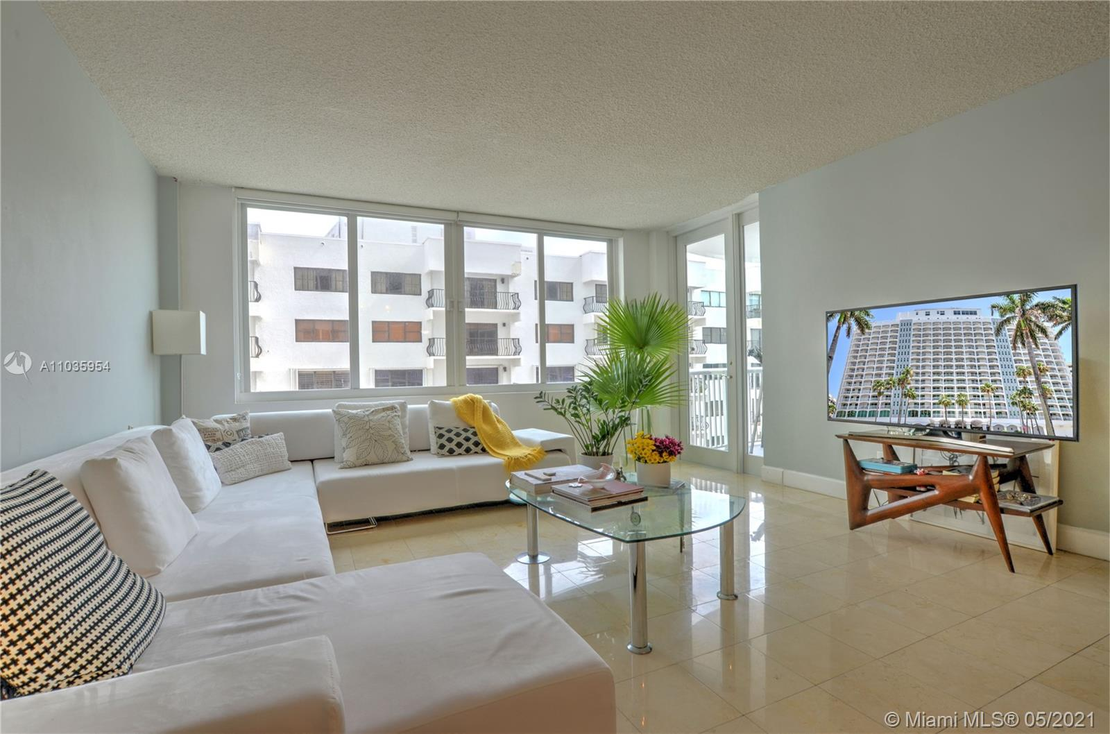 Carriage House #413 - 5401 Collins Ave #413, Miami Beach, FL 33140