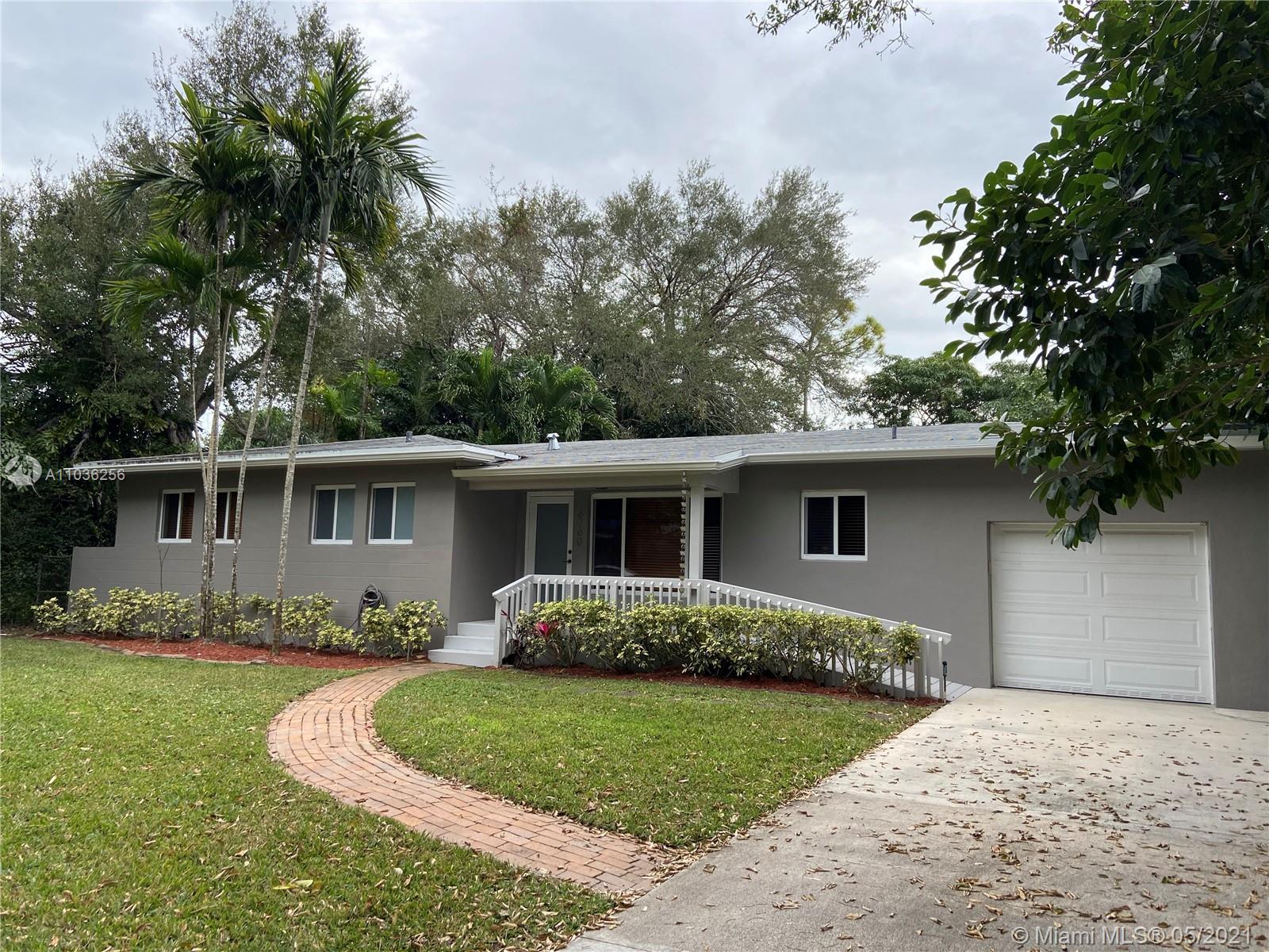 South Miami - 6760 SW 78th Ter, South Miami, FL 33143