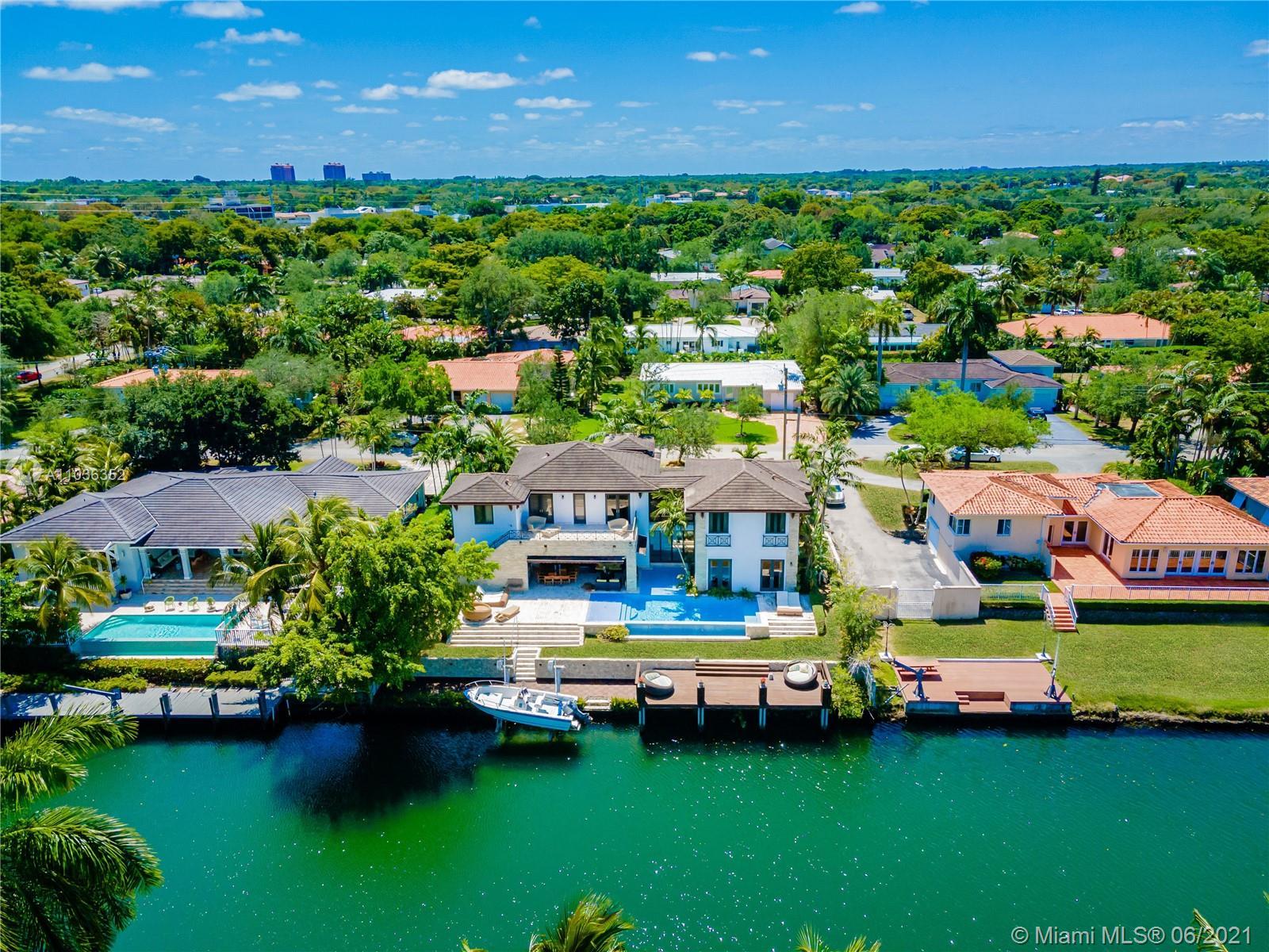 Riviera - 521 Vilabella Ave, Coral Gables, FL 33146